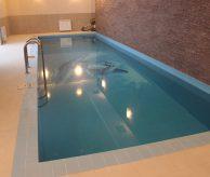Монтаж и отделка бассейна - панно с дельфинами, бассейн построен в Екатеринбурге